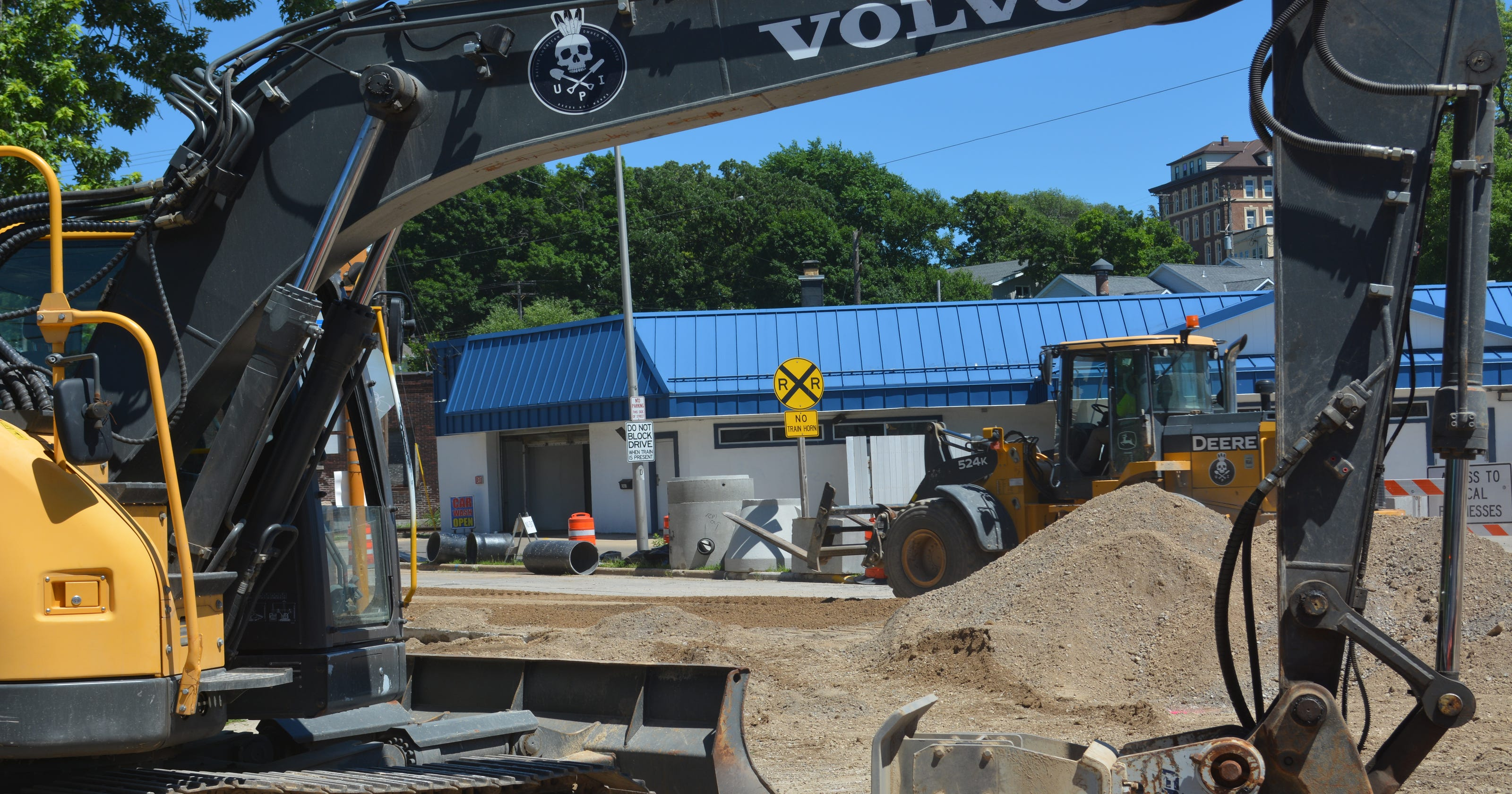 Businesses Struggle As Main St. Road Work Stretches West