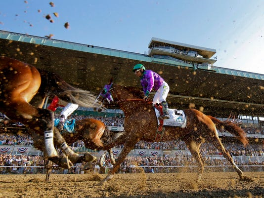 SAL0608-Belmont Stakes LEAD photo