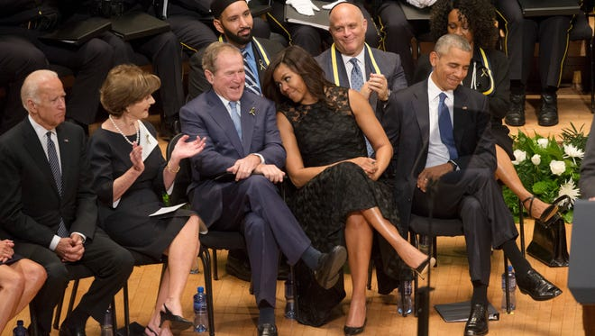 Former presidents Barack Obama and George W. Bush, former first ladies Michelle Obama and Laura Bush, and former vice president Joe Biden, in Dallas, on July 12, 2016.