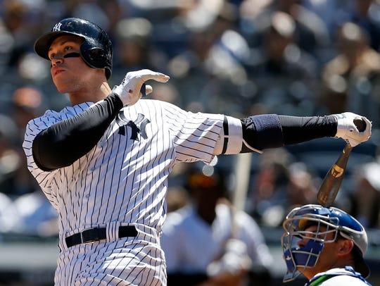 Apr 21, 2018; Bronx, NY, USA; New York Yankees right