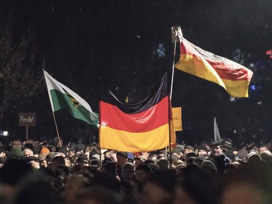 AP GERMANY FAR RIGHT I DEU