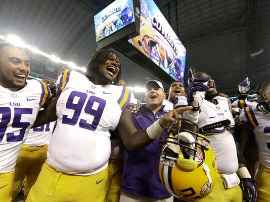 -MONBrd_09-06-2013_NewsStarSS_1_A007~~2013~09~05~IMG_LSU_TCU_Football_Phi_1_.jpg