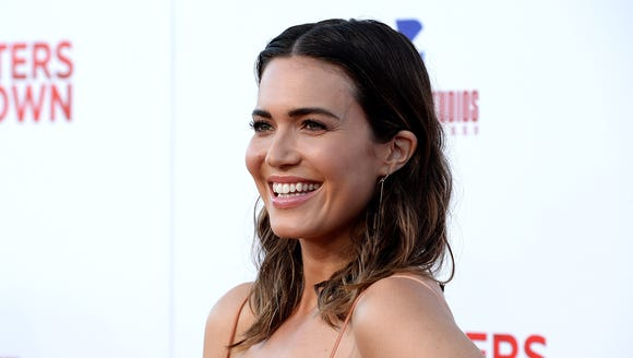 'This Is Us' drooling over Mandy Moore's red carpet