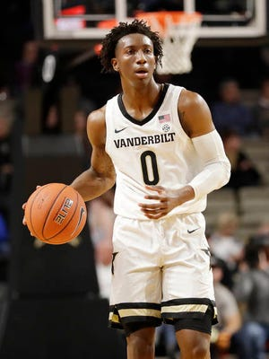 Saben Lee scored a team-high 17 points, all in the second half, Wednesday night as Vanderbilt lost its 23rd straight SEC game. The Commodores fell 75-55 at Arkansas.