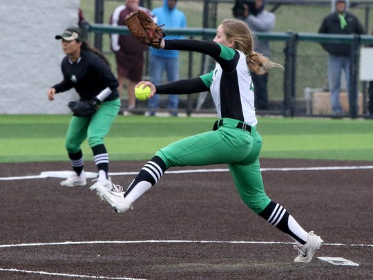 Iowa Park's Erin Fairchild pitches against Vernon Tuesday, March 27, 2018, in Iowa Park.