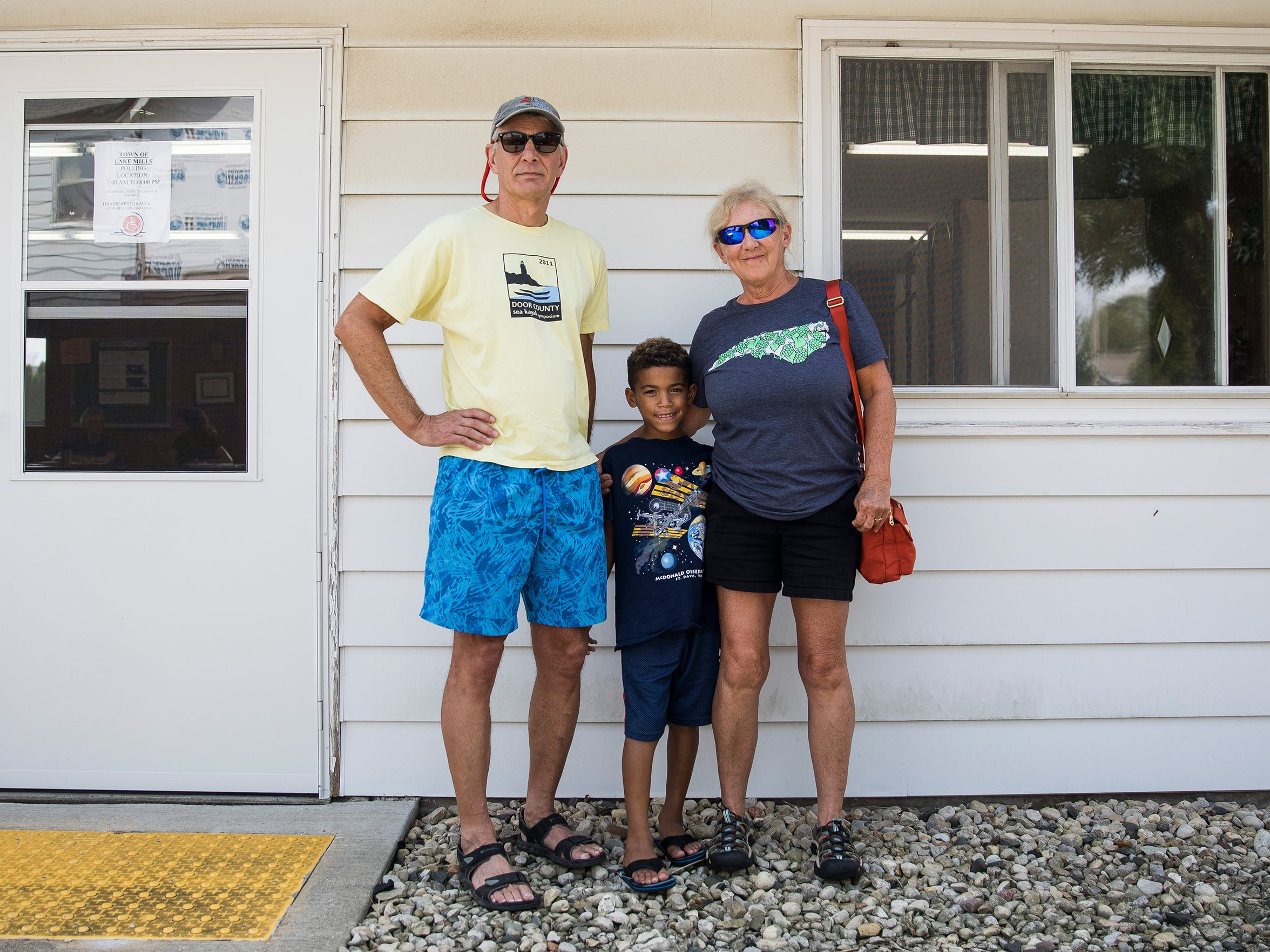 Gail and Mike Juszczak, seen with their grandson, Cameron
