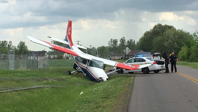A small plane crashed at Clarksville Regional Airport Sunday afternoon.