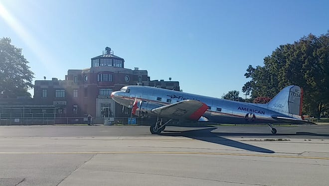 The restored Flagship Detroit DC-3 airliner from 1937 lands at Bowman Field on Saturday. The public is invited to see and tour it part of Saturday and Sunday.