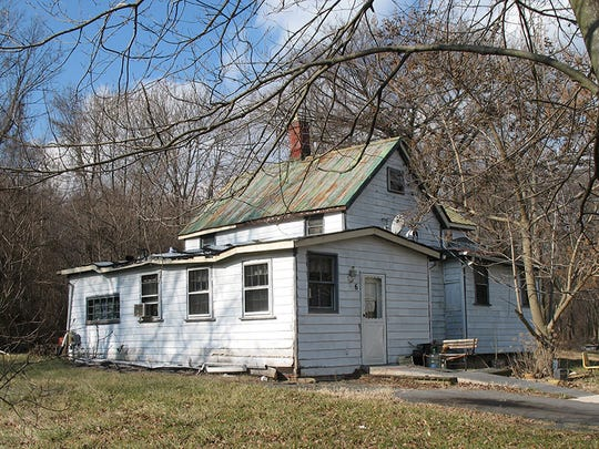 The Jones-Hall-Sims house sat in Poolesville, Maryland,