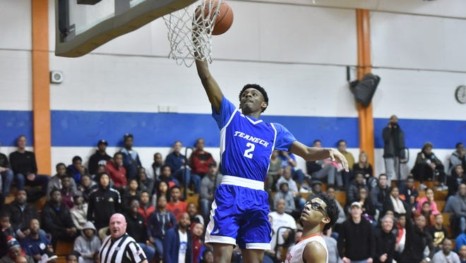 Jayden Dawson (2) and Teaneck are in first place in the Big North National Division.