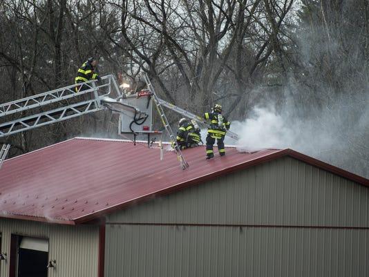 LDN-JML-010917-garage-fire