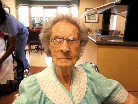 HCR Manor Care resident Bertha Oliphant celebrated