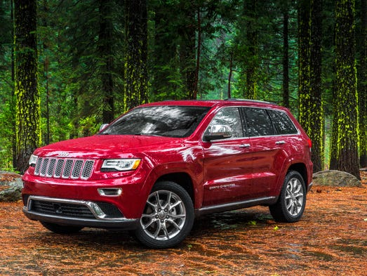 Chrysler put a three-liter Italian diesel into its Ram pickup and created a powerful smoothie. Chrysler put the same engine, tuned a bit differently, into its Jeep Grand Cherokee and created a reason to buy the gasoline V-6 instead.