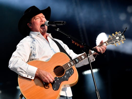 Tracy Lawrence performs at Nissan Stadium on the final
