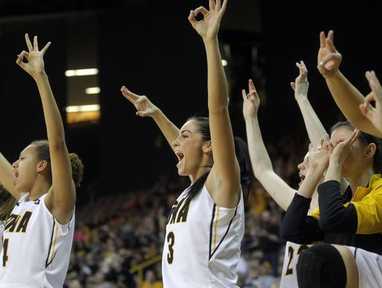 635583348673062787-IOW-0123-Iowa-wbb-vs-michigan-19