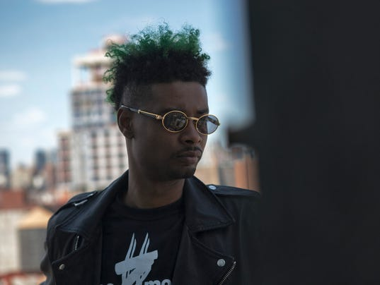 635832966796378321-ENT-DANNY-BROWN-PROMO-PHOTO-DB-3-brighter-Credit-Josh-Wehle-2-