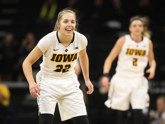 636197657837311740-IOW-0111-Iowa-vs-Illinois-wbb-11.jpg
