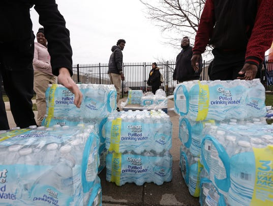 636229278132358090-Flint-Water-CR.jpg