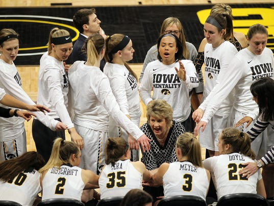 636254572352056281-IOW-0318-Iowa-vs-South-Dakota-20.jpg