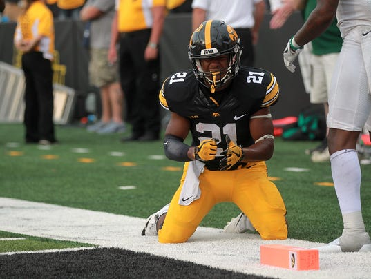 636411871101162032-170916-22-Iowa-vs-North-Texas-football-ds.jpg