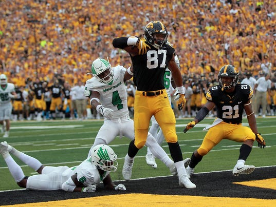 636411871134234244-170916-26-Iowa-vs-North-Texas-football-ds.jpg
