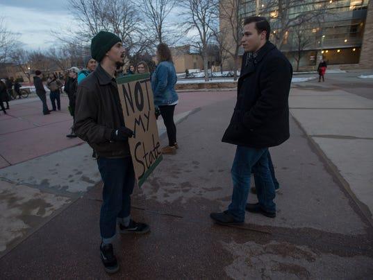 FTC0202-KirkSpeakerProtests