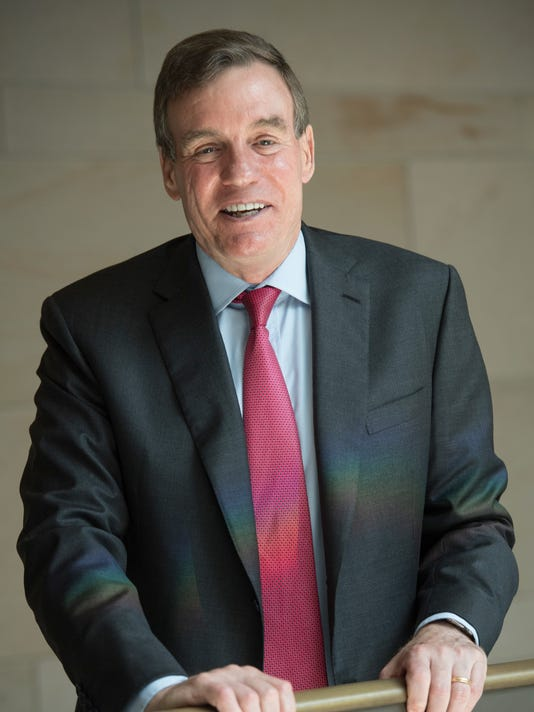 XXX CAPDOWN INTERVIEW WITH SEN. MARK WARNER. _JMG_201427.JPG USA DC