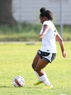 South Side's Yasmen Taylor makes a shot on Hardin County's goal during their game, Thursday, Aug. 24.
