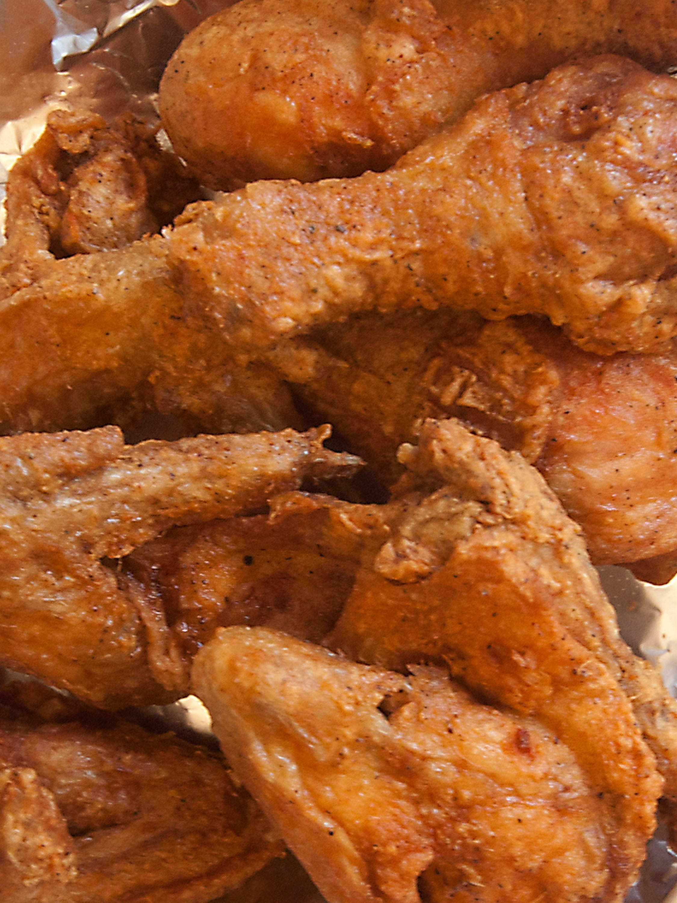 Big Momma S Soul Food Kitchen Fried Chicken Deserves Seat At Louisville S Best Of Table Review