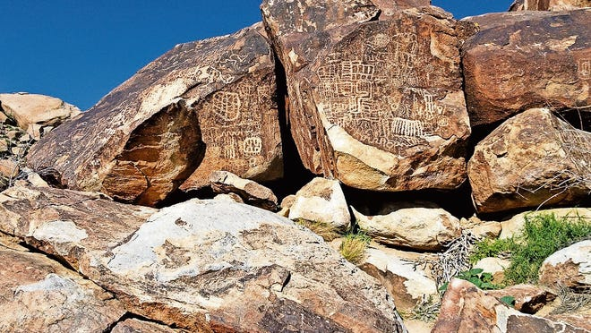 Petroglyphs in Grapevine Canyon near Laughlin, Nevada.