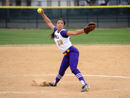 Hardin-Simmons' Gabby Ortega (23) pitches during the 2018 season. Ortega is one of four players remaining from last year's 1-37 season and is 5-7 with a save in 2019.