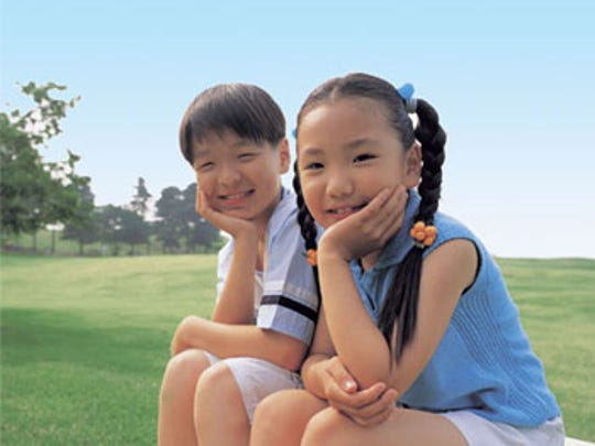 Host families are sought for children from China and Korea who will be on a student cultural visit beginning next week.