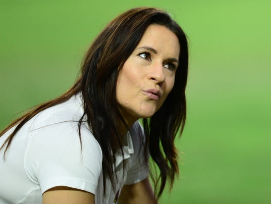 Jen Welter Offers Kathryn Smith Advice On Coaching In Nfl