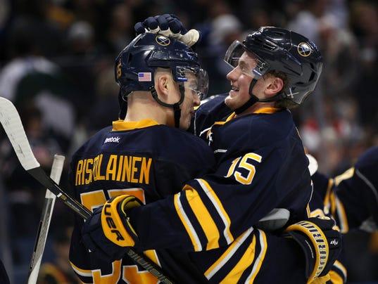 USP NHL: VANCOUV4-20-17-eichel
