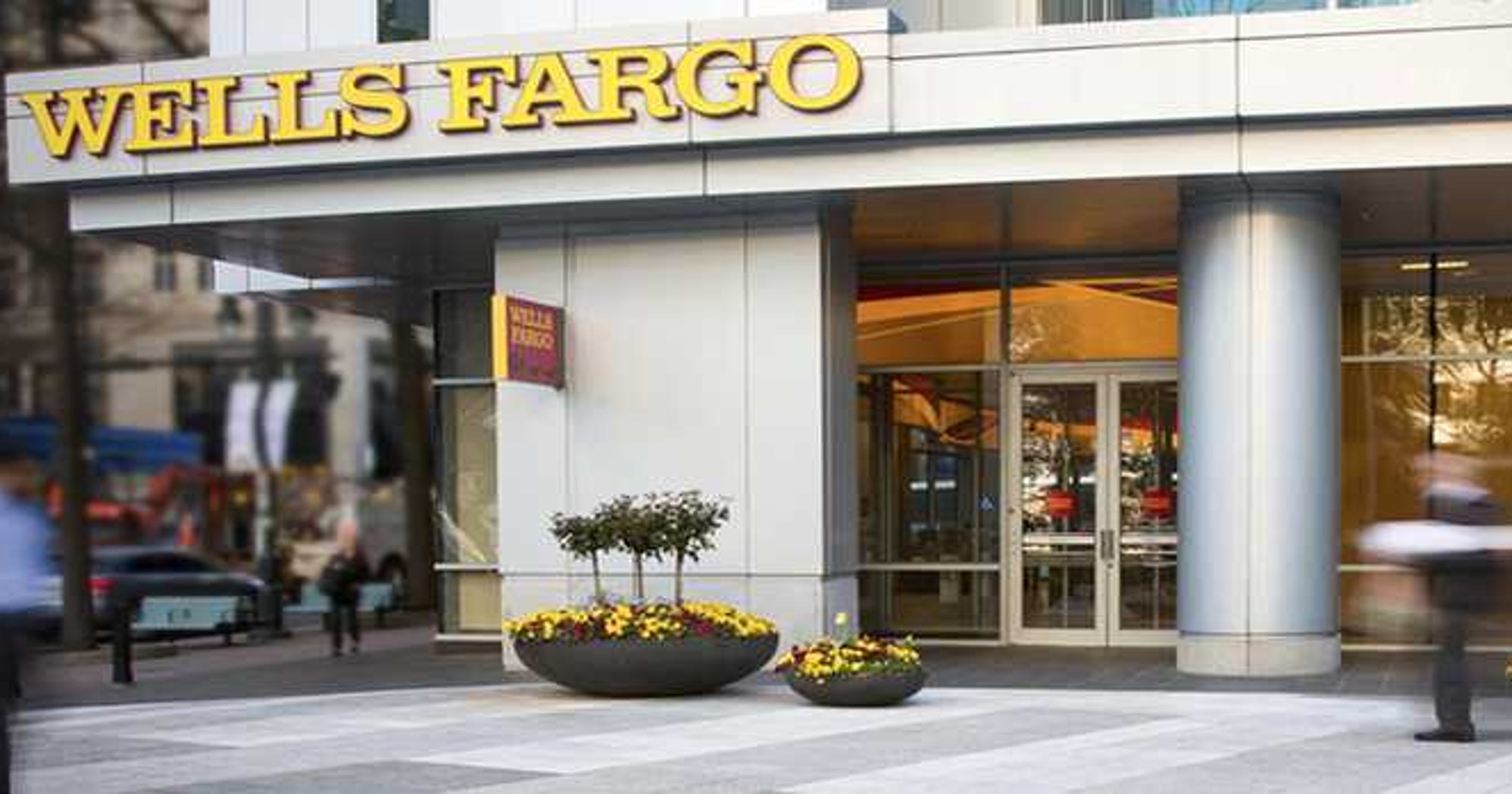 Flagstar Bank Buys 52 Wells Fargo Retail Branches Including 14 In Michigan