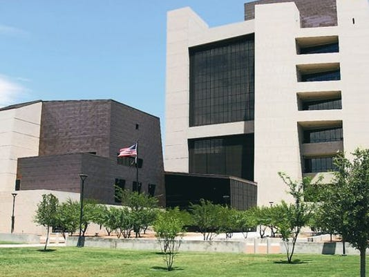 636420461814923613-635786451375402217-federal-courthouse-2.jpg