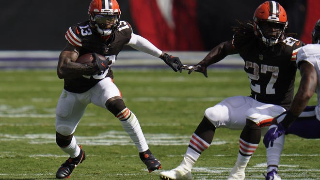 Browns wide receiver Odell Beckham Jr. runs the bal, during the second half against the Baltimore Ravens on Sunday.