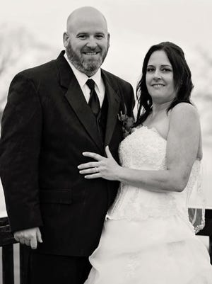 Mr. and Mrs. Joel Alan Walters