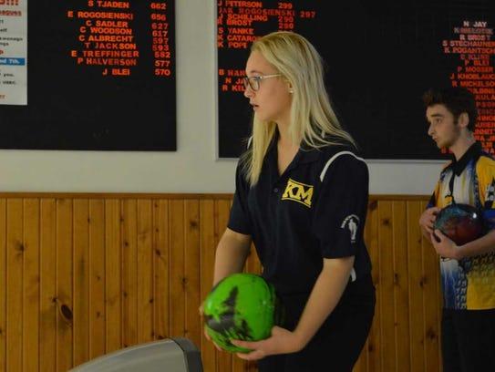 Stephanie Handford prepares to bowl a frame at Jay's