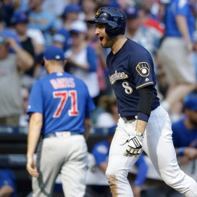 c165a287946 The Brewers need to refresh their uniforms   Brewers