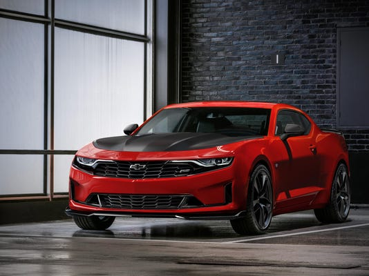 2019-Chevrolet-Camaro-Turbo1LE-001