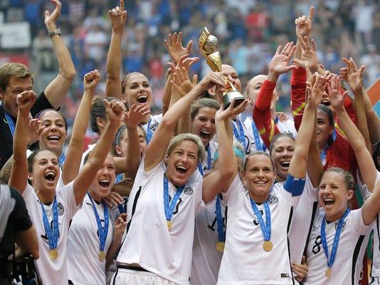 US_Women_Tour_Soccer_86732.jpg