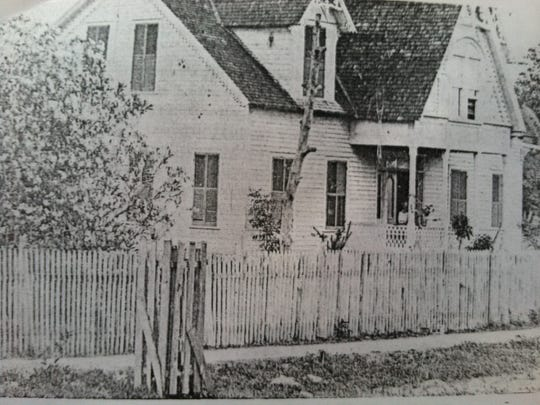 The original commanding officer's quarters was remodeled as Heitman home.