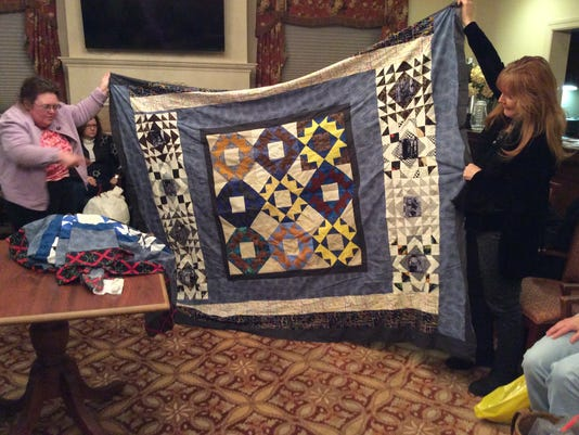 Harvest Quilters 2.JPG