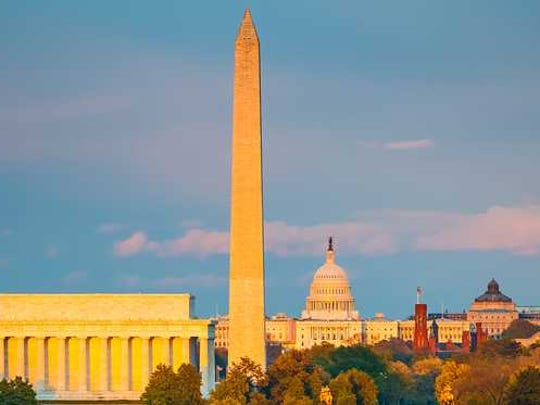 View of the Washington Monument in D.C.