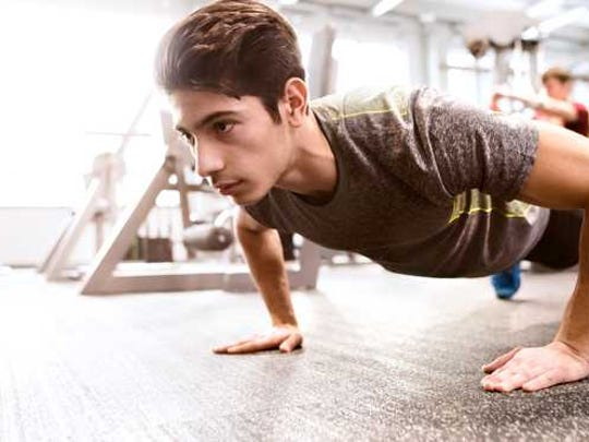 According to a new study, middle-aged working men who could do more than 40 pushups in a minute were much less likely to suffer from heart problems.