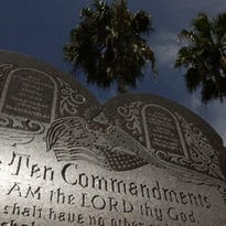 Nueces County responds to letter to remove Ten Commandments monument
