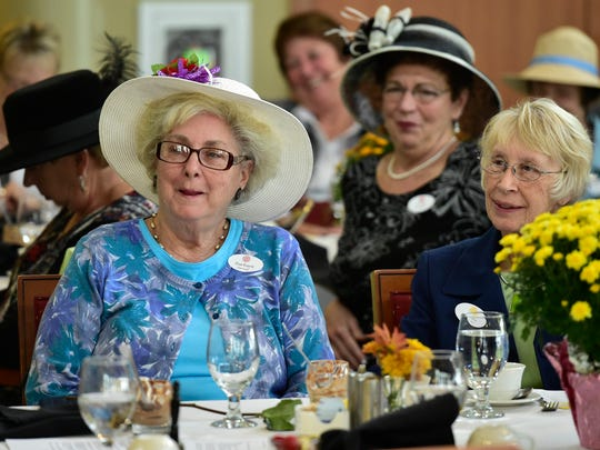 Chambersburg Afternoon Club met Wednesday, October 5, 2016 in a banquet room at Menno Haven Retirement Community. At their 125th anniversary, they are the oldest service group in Chambersburg.