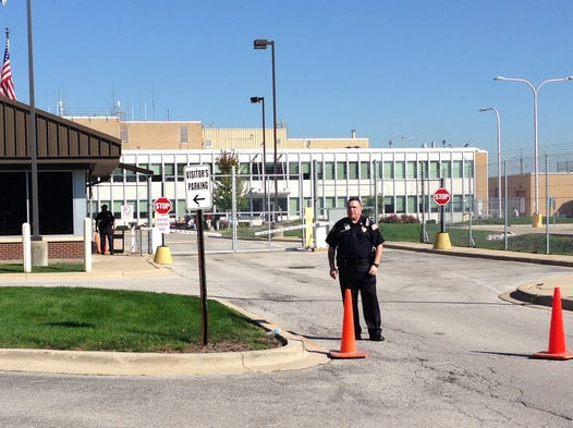 Chicago flights grounded after fire at faa radar facility for Arcadis bangalore