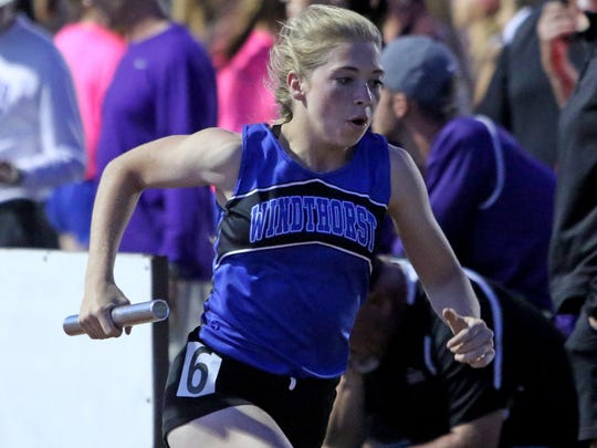 Windthorst's Kora Pennartz anchors the 2A 4X400 meter